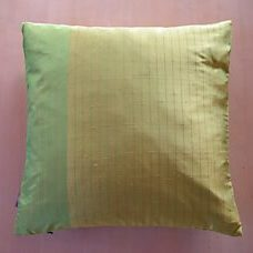 Pillow 40x40 green with gold